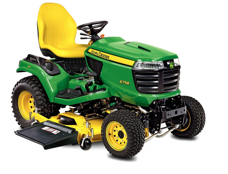 John Deere X758 Lawn Tractor